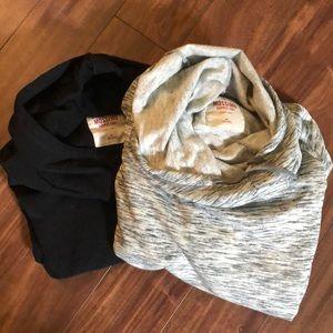 2 Mossimo sweatshirts with Pockets